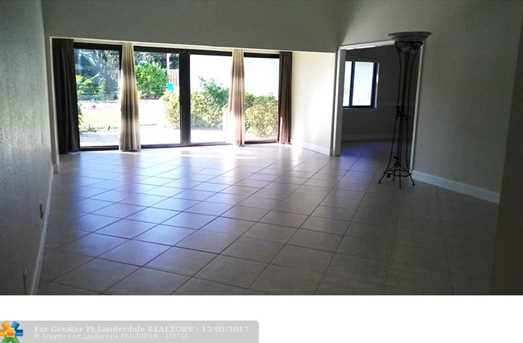 1535 SW 1st Ave - Photo 3
