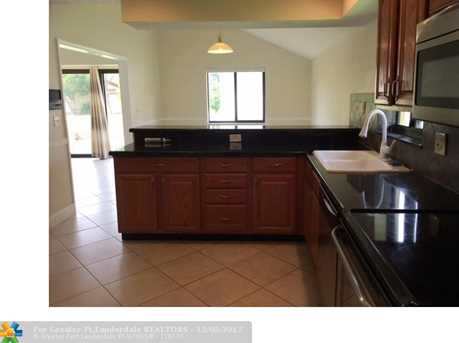 1535 SW 1st Ave - Photo 5