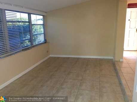 2061 NW 190th Ter - Photo 7