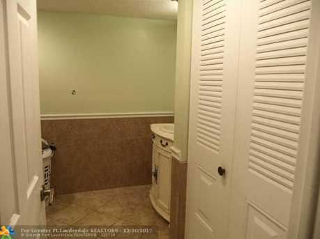 403 N Laurel Unit #204 - Photo 5
