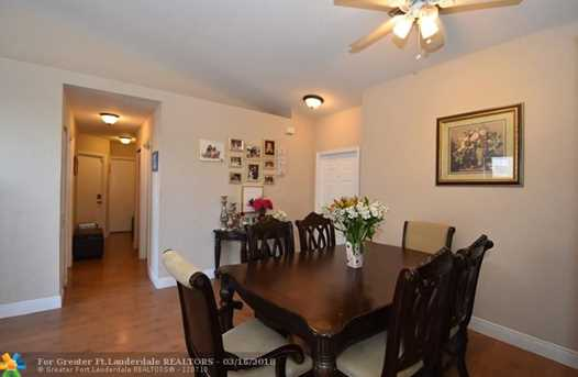 15066 SW 22nd St - Photo 3