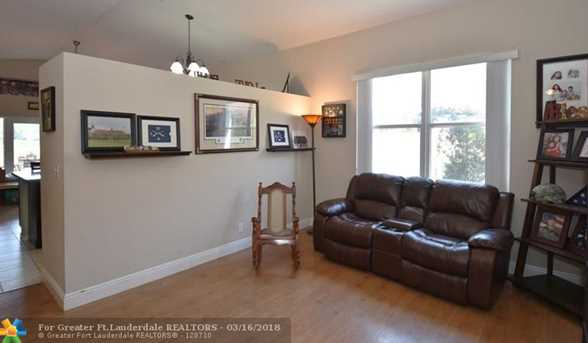 15066 SW 22nd St - Photo 5