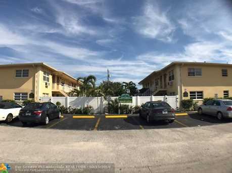 5410  22nd Terrace, Unit #11 - Photo 5