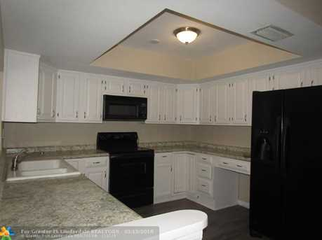 5208 SW 91st Ter - Photo 5