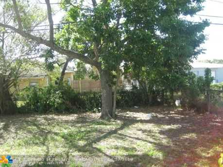 1612 NW 13th St - Photo 9