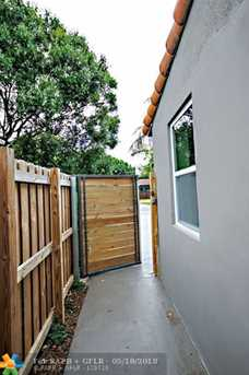 1625 NW 7th Ave - Photo 19