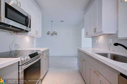 2125 NW 2nd Ave - Photo 7