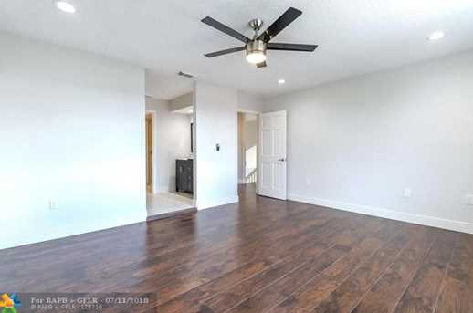 8237 NW 200th Terrace - Photo 15
