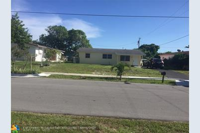 1308 NW 2nd St - Photo 1