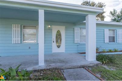 1108 SW 25th Ave - Photo 1