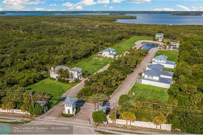 104  Ocean Estates Dr - Photo 1