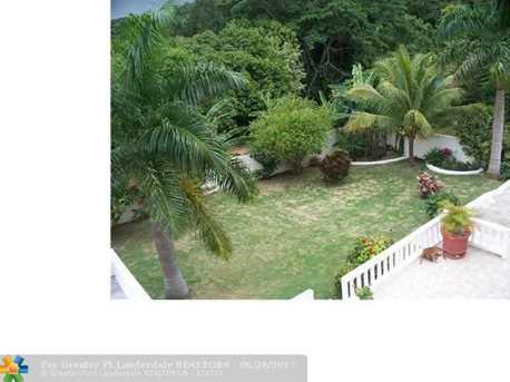 59 W Springfield, Jamaica - Photo 3