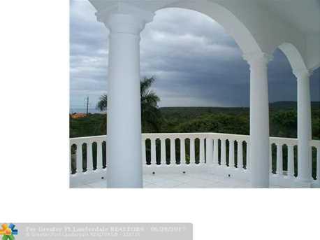 59 W Springfield, Jamaica - Photo 25