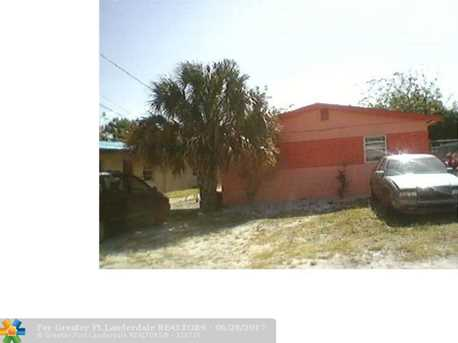 1114 N 16Th Ct - Photo 3