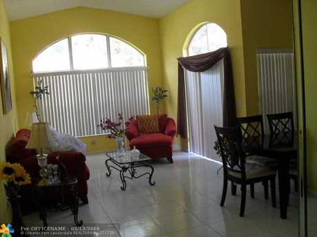 10808 Nw 46 Dr - Photo 2