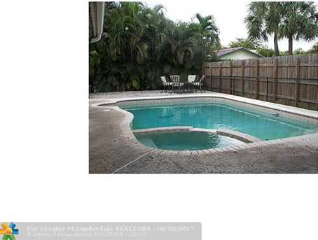 1460 Nw 97Th Ave - Photo 3