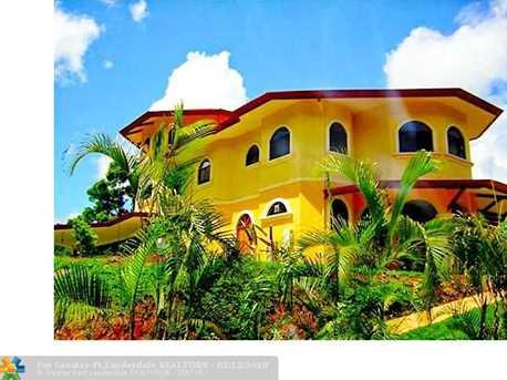1  Costa Rica - Photo 27