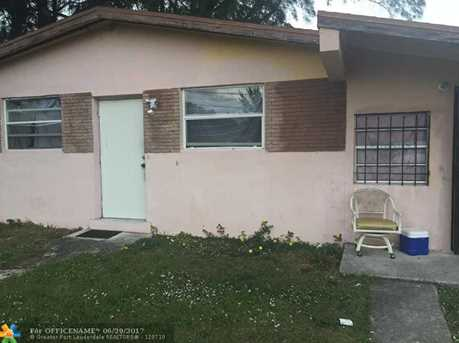 1925 NW 27th St - Photo 1