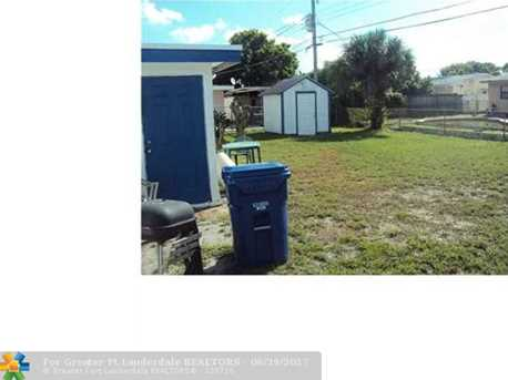 4960 NW 13th St - Photo 7