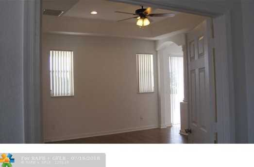 10557  Galleria St - Photo 15