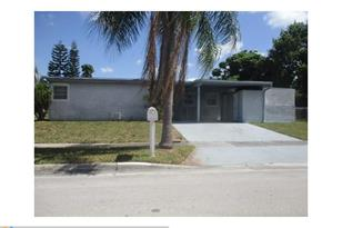 5813 NW 18th Ct - Photo 1