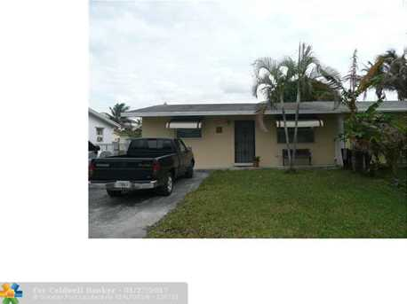 1940 SW 68th Ter - Photo 1
