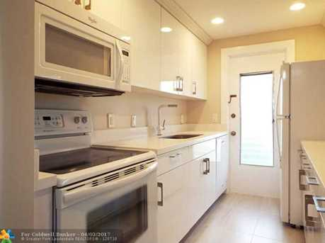2110 NE 42nd St, Unit # 3B - Photo 1