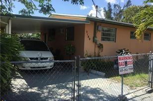 3180 NW 13th St - Photo 1