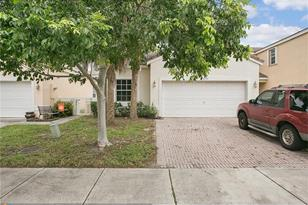6232 NW 36th Ave - Photo 1