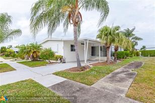 139 NW 51st St - Photo 1