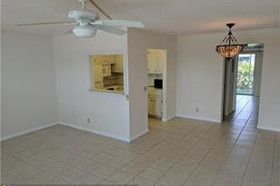 407  Tilford S, Unit #407 - Photo 1