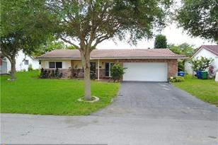 7518 NW 43rd Ct - Photo 1
