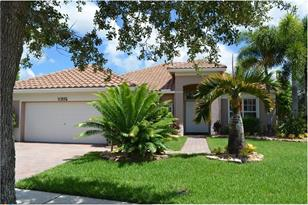 10825 NW 64th Ct - Photo 1