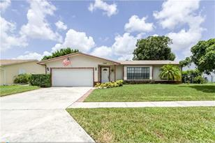 7955 NW 8th Ct - Photo 1
