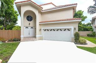 5900 NW 58th Ter - Photo 1