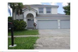 860 SW 174th Ter - Photo 1