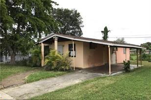 2730 NW 14th St - Photo 1