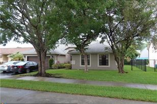 5132 NW 51st Ter - Photo 1