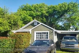3123 NW 52nd St - Photo 1