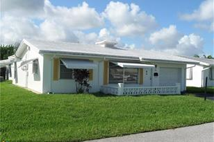 200 NW 29th Ct - Photo 1