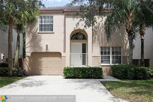 10901 NW 12th Dr - Photo 1