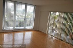 1625 SE 10th Ave, Unit #202 - Photo 1