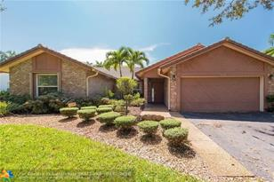 11370 NW 1st Pl - Photo 1