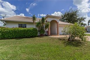 2605  NW 124th Ave - Photo 1