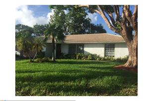 8726 NW 19th Dr - Photo 1