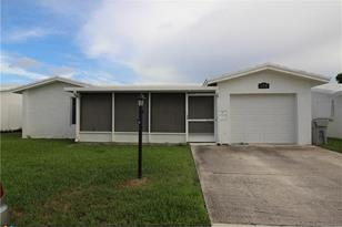 130 NW 28th St - Photo 1