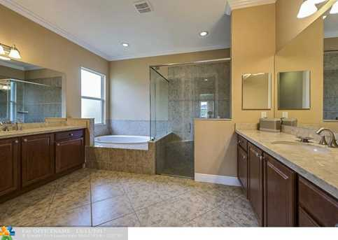 12023 NW 79th Ct - Photo 7