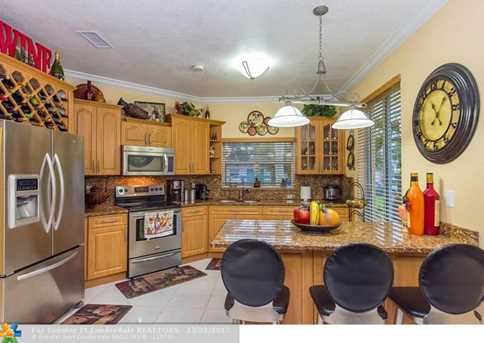 18441 NW 18th St - Photo 5