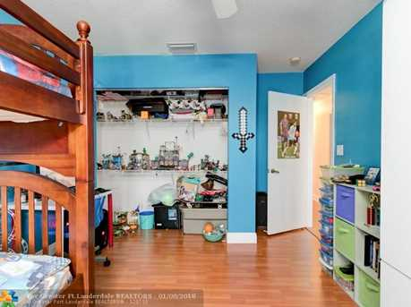 17335 SW 13th St - Photo 35