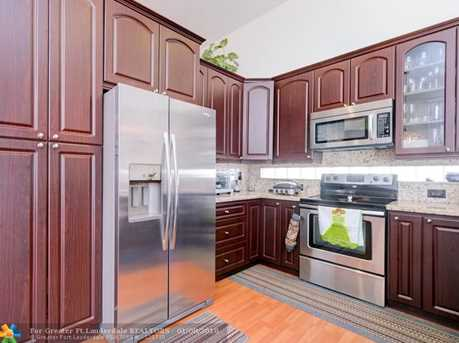 17335 SW 13th St - Photo 7